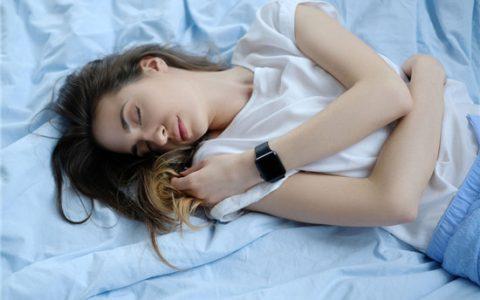 湿濡的女人 美女诺大的叫床声听得我血脉喷张