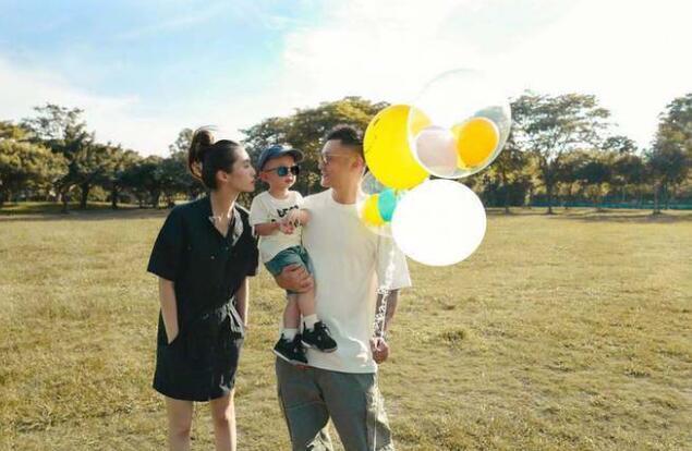 余文乐女儿出生时仅一公斤 28周时提前出生早产儿