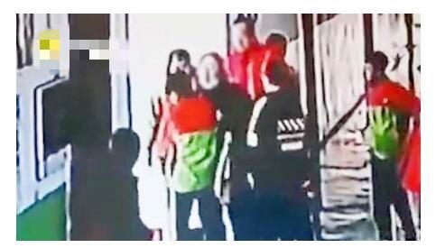 女生被校长殴打被迫写下性行为 检讨内容太露骨不堪入目