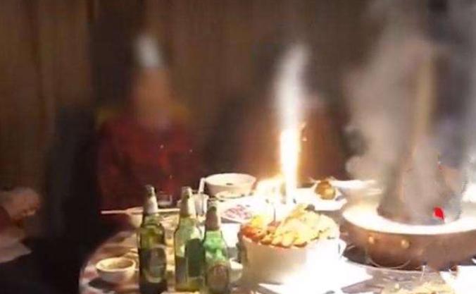 全家火锅店聚餐12人煤气中毒 商家称店内确实未开排风